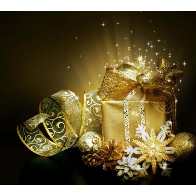 Поздравляем с наступающим Новым годом и Рождеством Христовым!